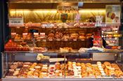Travel photography:Vienna Naschmarkt bakery , Austria