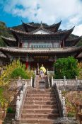 Travel photography:Five Phoenix hall in Lijiang´s Black Dragon Pool park, China