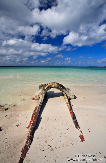 Derelict pipeline at Cayo-las-Bruchas beach