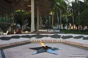 Travel photography:The eternal flame at the Museo de la Revolución, Cuba