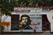 Travel photography:Vinales house with Ché painting, Cuba