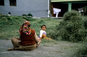 Travel photography:Mother with child in Manali, India