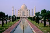 Travel photography:Taj Mahal, India