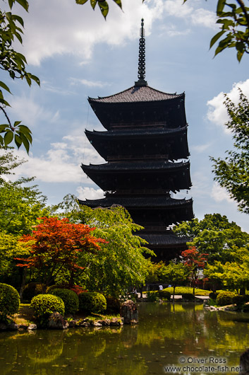 The five-storied pagoda at Kyoto´s Toji temple is the tallest wooden structure in Japan