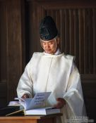 Travel photography:Priest at Tokyo´s Meiji shrine, Japan