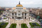 Travel photography:View of the Palacio de Bellas Artes, Mexico