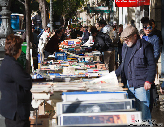 Book vendors in Valencia