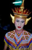 Travel photography:Dance performer at the Loi Krathong festival, Thailand