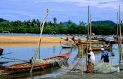Travel photography:Fishermen in Pak Bara, Thailand